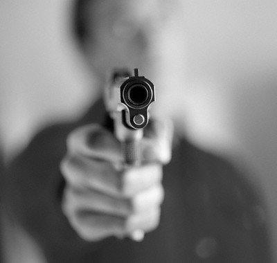 pistola20apuntando20mejor